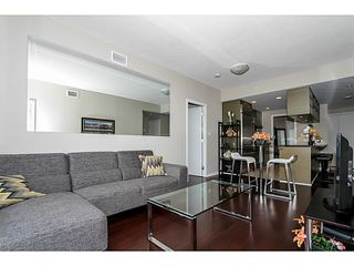 "Photo 3: 3209 833 SEYMOUR Street in Vancouver: Downtown VW Condo for sale in ""CAPITOL RESIDENCES"" (Vancouver West)  : MLS®# V1098209"