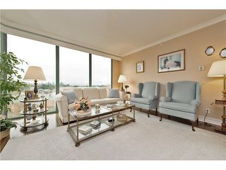 "Photo 4: 701 32330 S FRASER Way in Abbotsford: Abbotsford West Condo for sale in ""Town Center Tower"" : MLS®# F1435777"