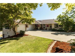 Photo 2: 1190 Waterlily Lane in VICTORIA: La Glen Lake House for sale (Langford)  : MLS®# 704376