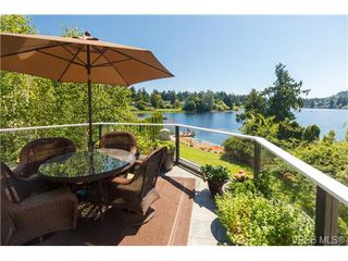 Photo 1: 1190 Waterlily Lane in VICTORIA: La Glen Lake House for sale (Langford)  : MLS®# 704376