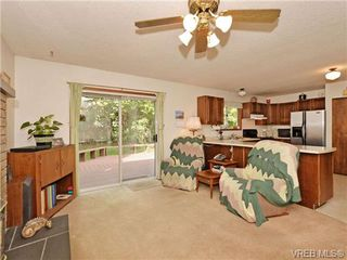 Photo 10: 3350 St. Troy Place in VICTORIA: Co Triangle Single Family Detached for sale (Colwood)  : MLS®# 353189