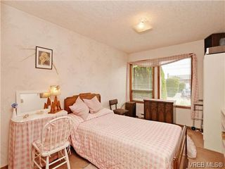 Photo 15: 3350 St. Troy Place in VICTORIA: Co Triangle Single Family Detached for sale (Colwood)  : MLS®# 353189