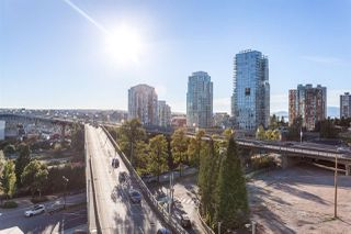"Photo 11: 1001 1372 SEYMOUR Street in Vancouver: Downtown VW Condo for sale in ""THE MARK"" (Vancouver West)  : MLS®# R2001462"