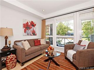 Photo 2: 310 924 Esquimalt Rd in VICTORIA: Es Esquimalt Condo for sale (Esquimalt)  : MLS®# 716759