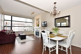 "Photo 3: 505 124 W 3RD Street in North Vancouver: Lower Lonsdale Condo for sale in ""THE VOGUE"" : MLS®# R2030995"