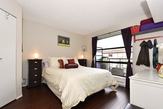 "Photo 8: 505 124 W 3RD Street in North Vancouver: Lower Lonsdale Condo for sale in ""THE VOGUE"" : MLS®# R2030995"