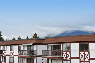 "Photo 12: 505 124 W 3RD Street in North Vancouver: Lower Lonsdale Condo for sale in ""THE VOGUE"" : MLS®# R2030995"
