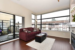 "Photo 2: 505 124 W 3RD Street in North Vancouver: Lower Lonsdale Condo for sale in ""THE VOGUE"" : MLS®# R2030995"