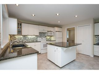 """Photo 6: 6195 167A Street in Surrey: Cloverdale BC House for sale in """"West Cloverdale"""" (Cloverdale)  : MLS®# R2084607"""