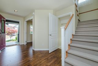 """Photo 3: 6195 167A Street in Surrey: Cloverdale BC House for sale in """"West Cloverdale"""" (Cloverdale)  : MLS®# R2084607"""