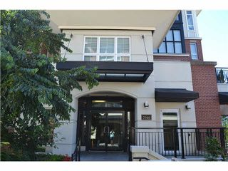 """Photo 1: 207 2940 KING GEORGE Boulevard in Surrey: Elgin Chantrell Condo for sale in """"High Street"""" (South Surrey White Rock)  : MLS®# R2086923"""