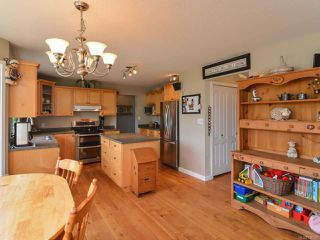 Photo 19: 2390 Humphrey Rd in MERVILLE: CV Merville Black Creek House for sale (Comox Valley)  : MLS®# 738200