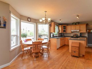 Photo 5: 2390 Humphrey Rd in MERVILLE: CV Merville Black Creek House for sale (Comox Valley)  : MLS®# 738200