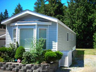 Main Photo: 5 5575 MASON Road in Sechelt: Sechelt District Manufactured Home for sale (Sunshine Coast)  : MLS®# R2099837