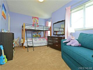 Photo 14: 1646 Myrtle Ave in VICTORIA: Vi Oaklands Row/Townhouse for sale (Victoria)  : MLS®# 741520