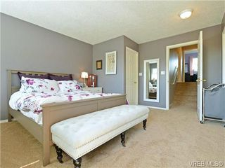 Photo 12: 1646 Myrtle Ave in VICTORIA: Vi Oaklands Row/Townhouse for sale (Victoria)  : MLS®# 741520