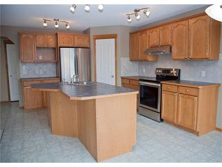 Photo 6: 121 CRANFIELD Green SE in Calgary: Cranston House for sale : MLS®# C4105513
