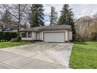 Photo 2: 12471 231ST Street in Maple Ridge: East Central House for sale : MLS®# R2156595