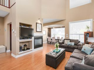 Photo 2: 1722 BOOTH Avenue in Coquitlam: Maillardville 1/2 Duplex for sale : MLS®# R2161127