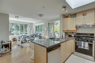 Photo 2: 404 3235 W 4TH Avenue in Vancouver: Kitsilano Condo for sale (Vancouver West)  : MLS®# R2173826