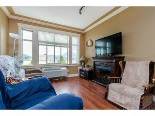 """Photo 4: 301 9060 BIRCH Street in Chilliwack: Chilliwack W Young-Well Condo for sale in """"ASPEN GROVE"""" : MLS®# R2181061"""