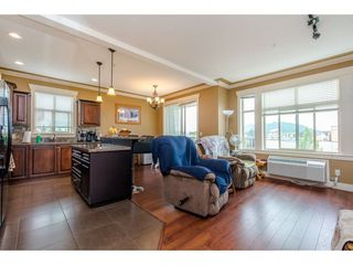 """Photo 3: 301 9060 BIRCH Street in Chilliwack: Chilliwack W Young-Well Condo for sale in """"ASPEN GROVE"""" : MLS®# R2181061"""