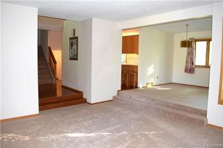 Photo 3: 22 Darwin Street in Winnipeg: St Vital Residential for sale (2C)  : MLS®# 1717042