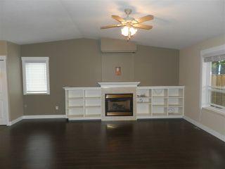 Photo 4: 5641 NICKERSON Road in Sechelt: Sechelt District House for sale (Sunshine Coast)  : MLS®# R2189858
