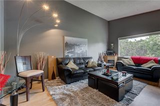 Photo 3: 3106 DOVER CR SE in Calgary: Dover House for sale : MLS®# C4122149