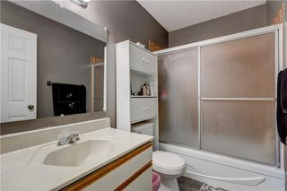 Photo 15: 3106 DOVER CR SE in Calgary: Dover House for sale : MLS®# C4122149
