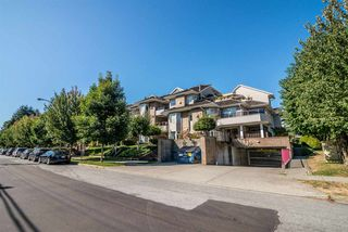 Photo 3: 101 1999 SUFFOLK Avenue in Port Coquitlam: Glenwood PQ Condo for sale : MLS®# R2201692