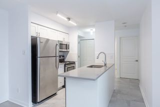 Photo 4: 353 313 E Richmond Street in Toronto: Moss Park Condo for sale (Toronto C08)  : MLS®# C3924480