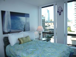 "Photo 8: 906 14 BEGBIE Street in New Westminster: Quay Condo for sale in ""Interurban"" : MLS®# R2205240"