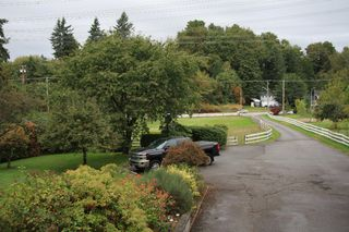 Photo 4: 3170 Old Clayburn Road in Abbotsford: Abbotsford East House for sale : MLS®# R2211012