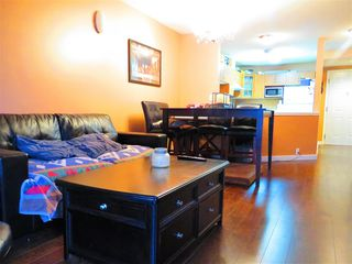 Photo 11: 307 5499 203 Street in Langley: Langley City Condo for sale : MLS®# R2228435