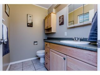 """Photo 12: 1547 129 Street in Surrey: Crescent Bch Ocean Pk. House for sale in """"Ocean Park"""" (South Surrey White Rock)  : MLS®# R2232017"""