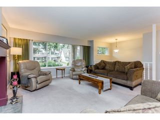 """Photo 4: 1547 129 Street in Surrey: Crescent Bch Ocean Pk. House for sale in """"Ocean Park"""" (South Surrey White Rock)  : MLS®# R2232017"""