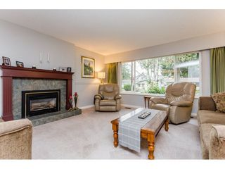 """Photo 3: 1547 129 Street in Surrey: Crescent Bch Ocean Pk. House for sale in """"Ocean Park"""" (South Surrey White Rock)  : MLS®# R2232017"""