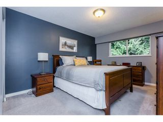 """Photo 11: 1547 129 Street in Surrey: Crescent Bch Ocean Pk. House for sale in """"Ocean Park"""" (South Surrey White Rock)  : MLS®# R2232017"""