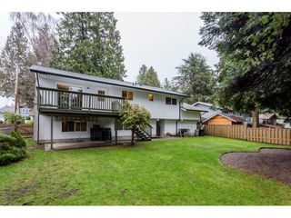 """Photo 2: 1547 129 Street in Surrey: Crescent Bch Ocean Pk. House for sale in """"Ocean Park"""" (South Surrey White Rock)  : MLS®# R2232017"""