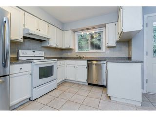 """Photo 7: 1547 129 Street in Surrey: Crescent Bch Ocean Pk. House for sale in """"Ocean Park"""" (South Surrey White Rock)  : MLS®# R2232017"""