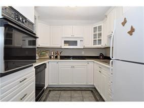 "Photo 1: 202 436 SEVENTH Street in New Westminster: Uptown NW Condo for sale in ""REGENCY COURT"" : MLS®# R2232260"