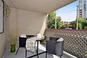 "Photo 10: 202 436 SEVENTH Street in New Westminster: Uptown NW Condo for sale in ""REGENCY COURT"" : MLS®# R2232260"