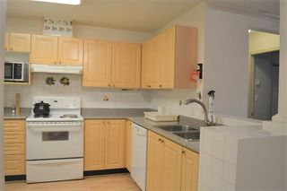 Photo 7: 109 10130 139 STREET in Surrey: Whalley Condo for sale (North Surrey)  : MLS®# R2232790