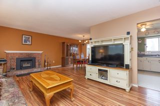 Photo 5: 2074 Piercy Ave in SIDNEY: Si Sidney North-East House for sale (Sidney)  : MLS®# 778350