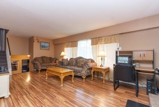Photo 3: 2074 Piercy Ave in SIDNEY: Si Sidney North-East House for sale (Sidney)  : MLS®# 778350