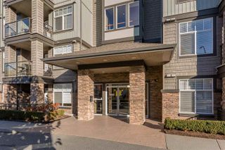 "Photo 2: 307 2068 SANDALWOOD Crescent in Abbotsford: Central Abbotsford Condo for sale in ""The Sterling"" : MLS®# R2250934"