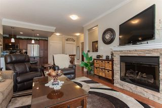 """Photo 11: 307 2068 SANDALWOOD Crescent in Abbotsford: Central Abbotsford Condo for sale in """"The Sterling"""" : MLS®# R2250934"""