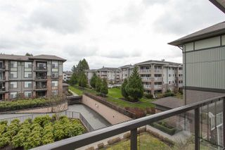 "Photo 19: 307 2068 SANDALWOOD Crescent in Abbotsford: Central Abbotsford Condo for sale in ""The Sterling"" : MLS®# R2250934"