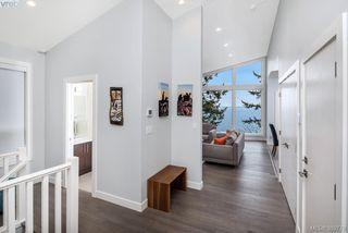 Photo 3: 4559 Cordova Bay Road in VICTORIA: SE Cordova Bay Single Family Detached for sale (Saanich East)  : MLS®# 389779
